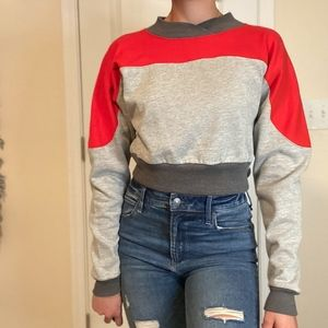 Cropped Multi Colored Sweatshirt